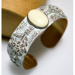 White Chocolate Patina Brass Floral Cuff