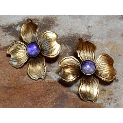 Antique Gold Dogwood Earrings